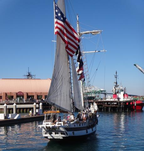 Image of Los Angeles Maritime Institute tall ship in San Pedro Downtown Harbor